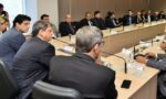 Tarcísion Freitas is in a meeting with CNTA and independent truckers